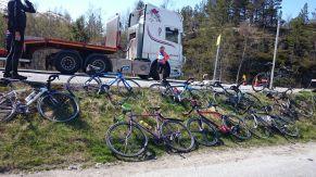 Räder warten auf Transport.