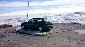 Auto, erfroren.